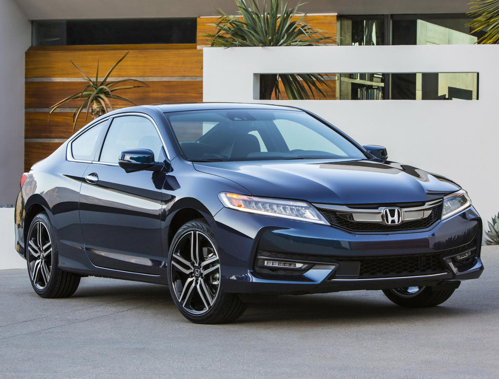 фото купе Honda Accord 2016