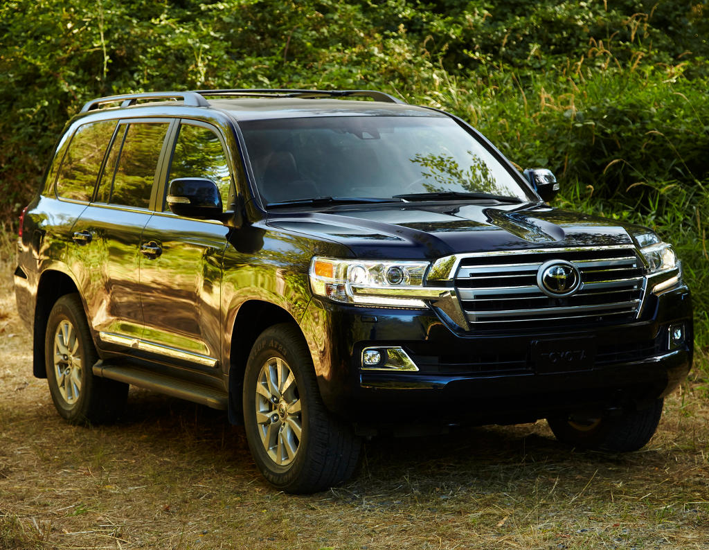 фото Toyota Land Cruiser 200 2016 года