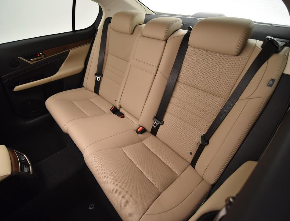 интерьер Lexus GS 2016