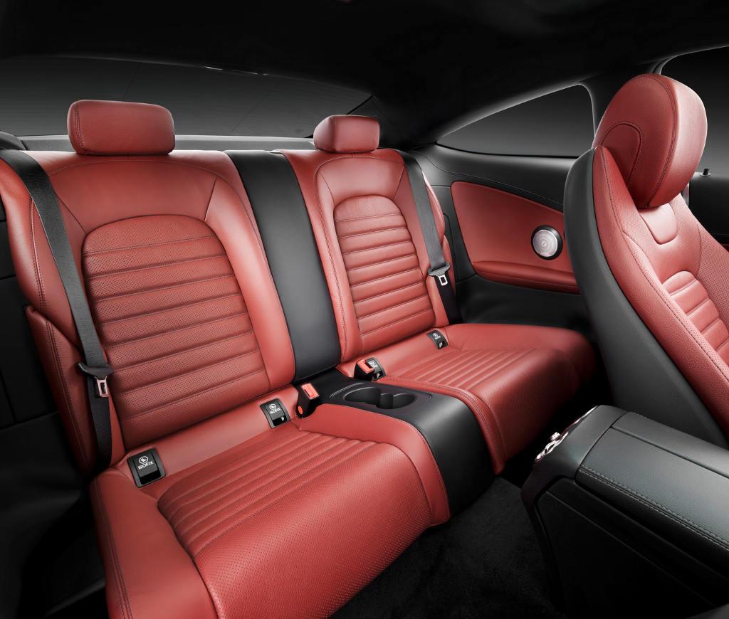 интерьер Mercedes C-Class Coupe 2016
