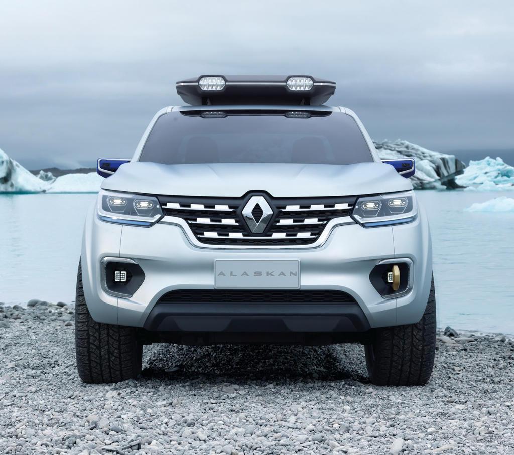фары, бампер Renault Alaskan 2015