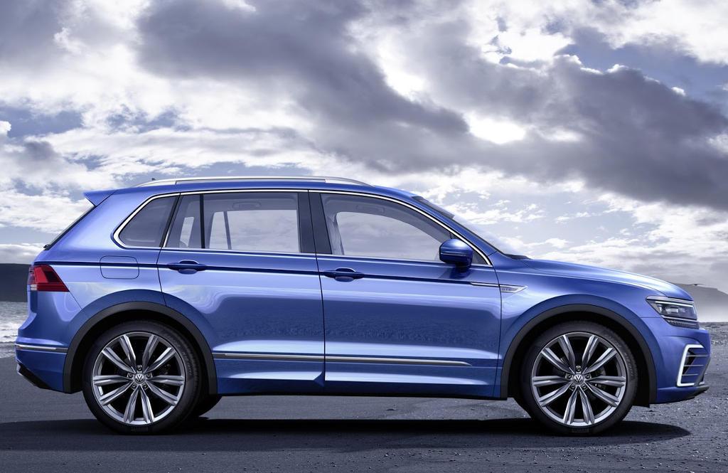 гибрид Volkswagen Tiguan GTE Concept сбоку