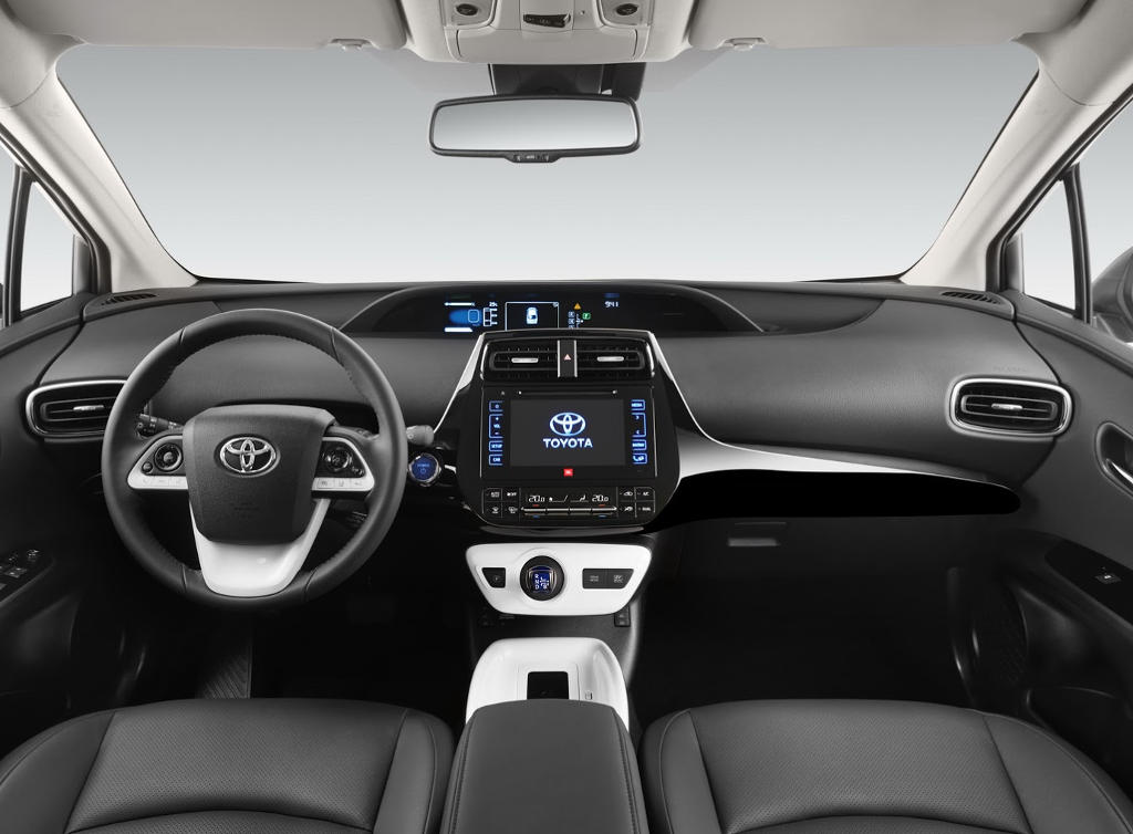 салон Toyota Prius 2017-2018