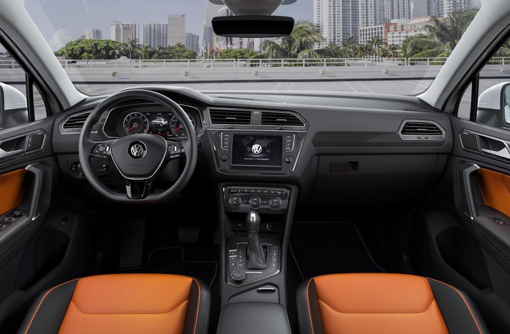 салон Volkswagen Tiguan 2016