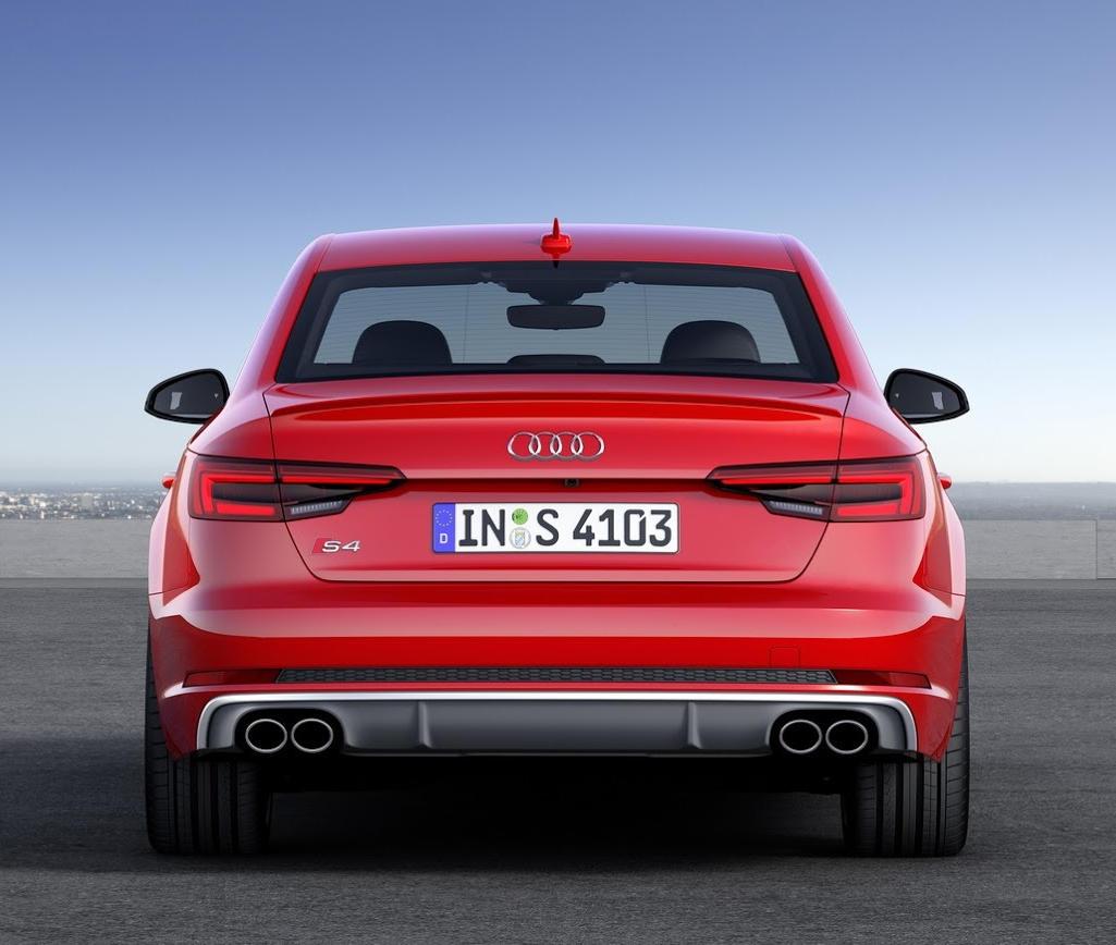 задние фонари Audi S4 2016