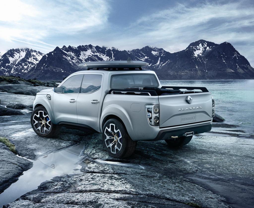 задняя часть концепта Renault Alaskan 2015