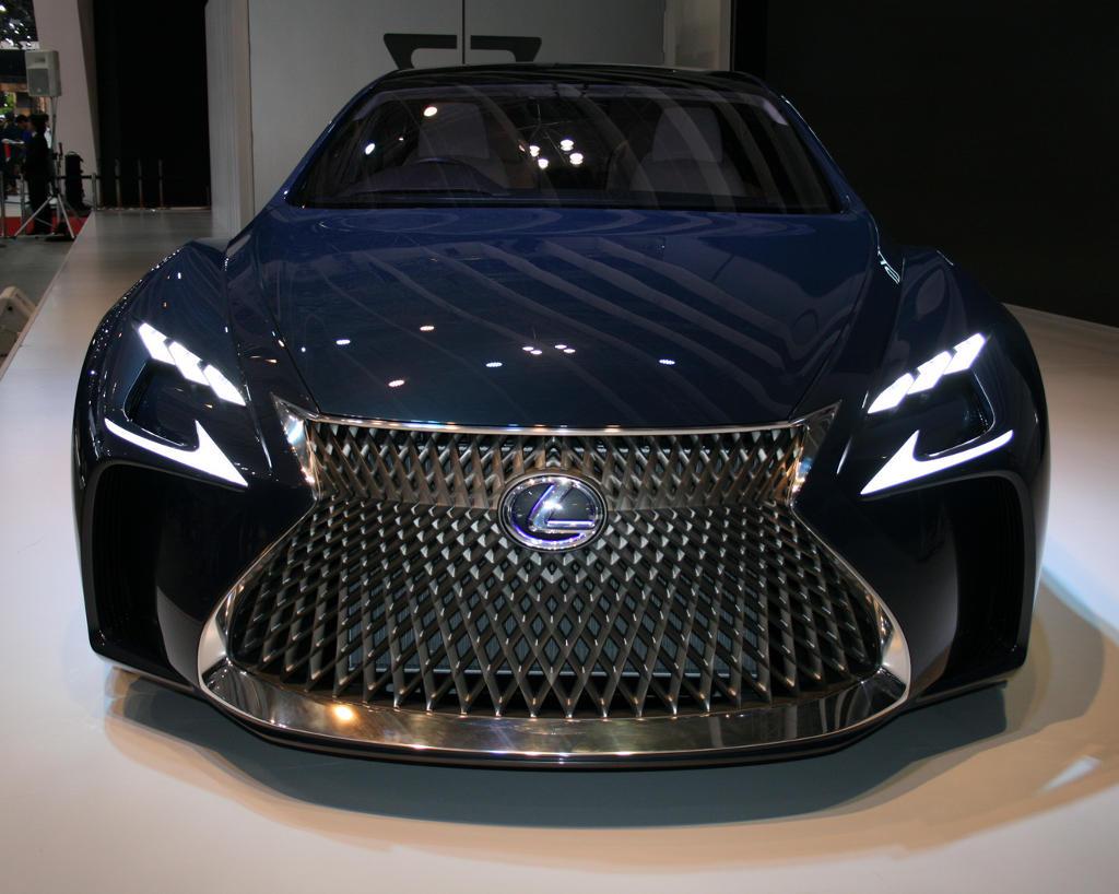решетка, бампер, фары Lexus LF-FC 2015
