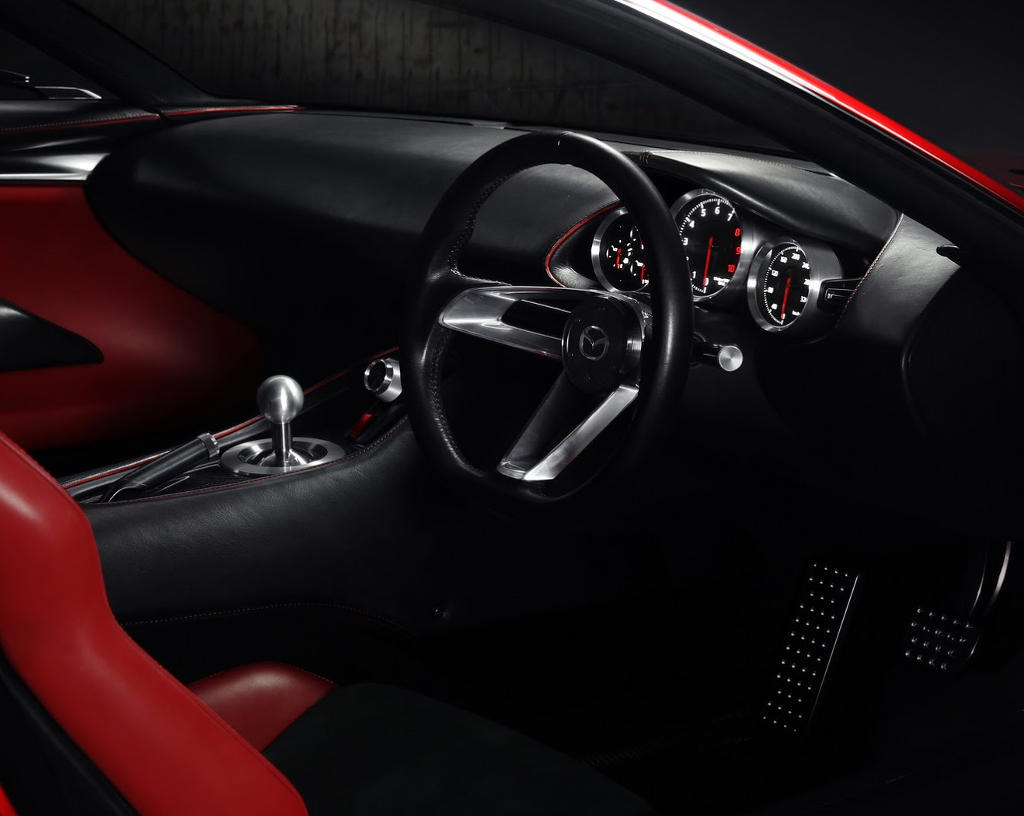 салон Mazda RX-Vision 2015