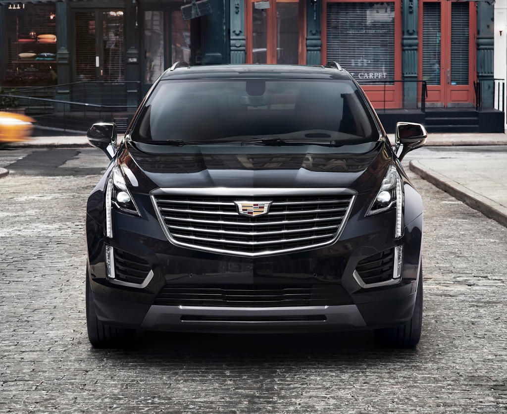 фары, решетка, бампер Cadillac XT5 2017
