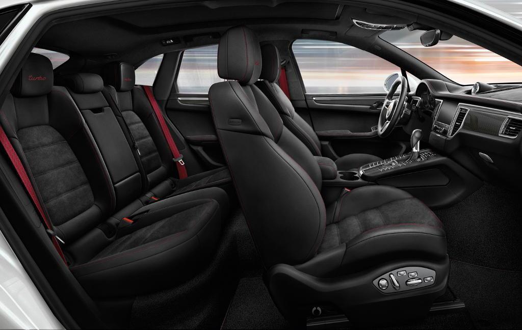 интерьер Porsche Macan 2016