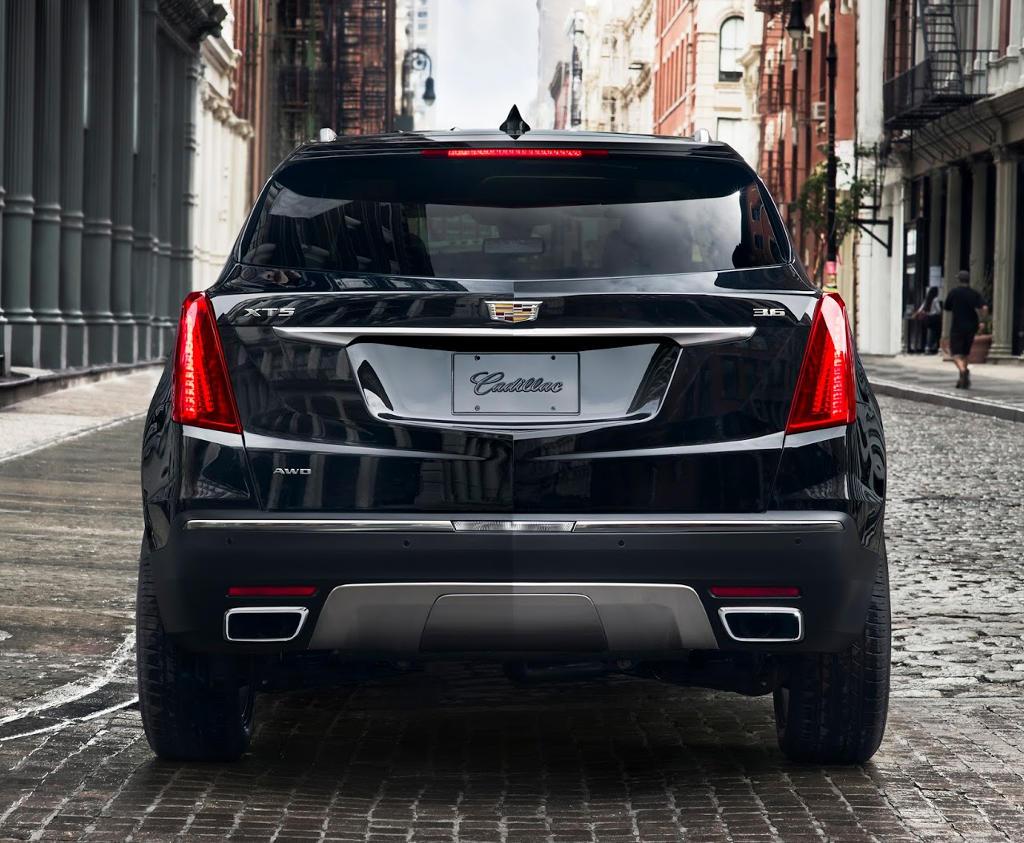 задние фонари Cadillac XT5