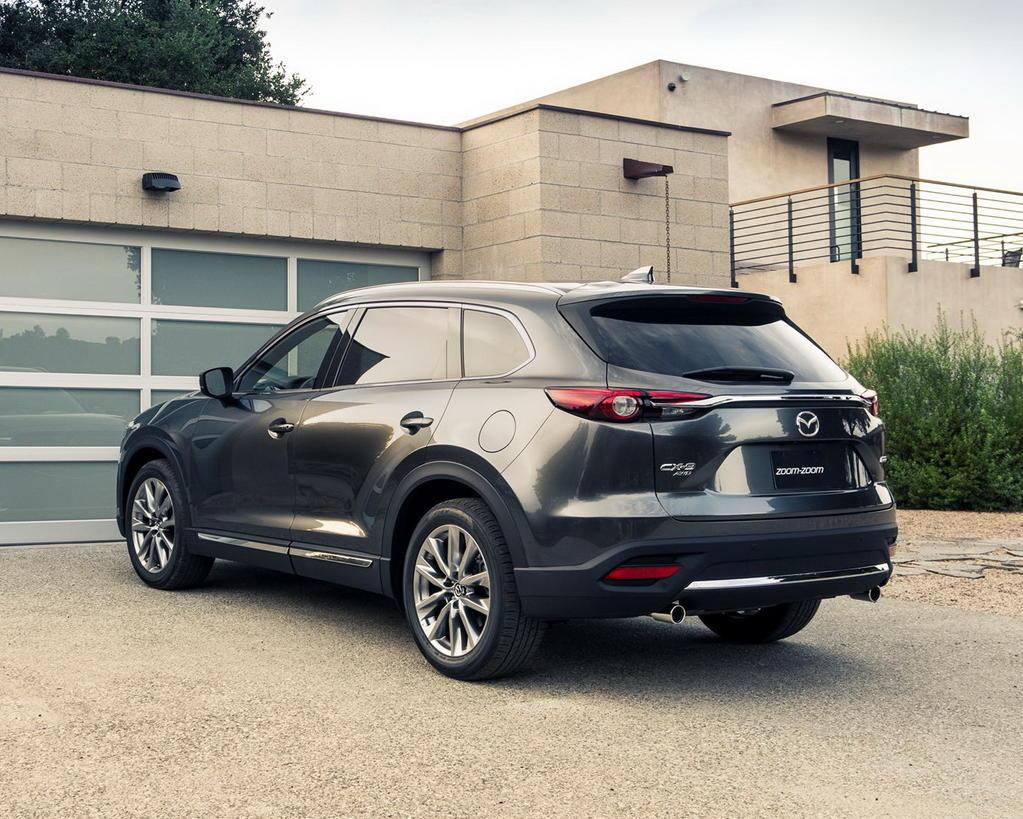задняя часть Mazda CX-9 2019