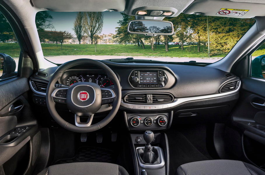 салон Fiat Tipo