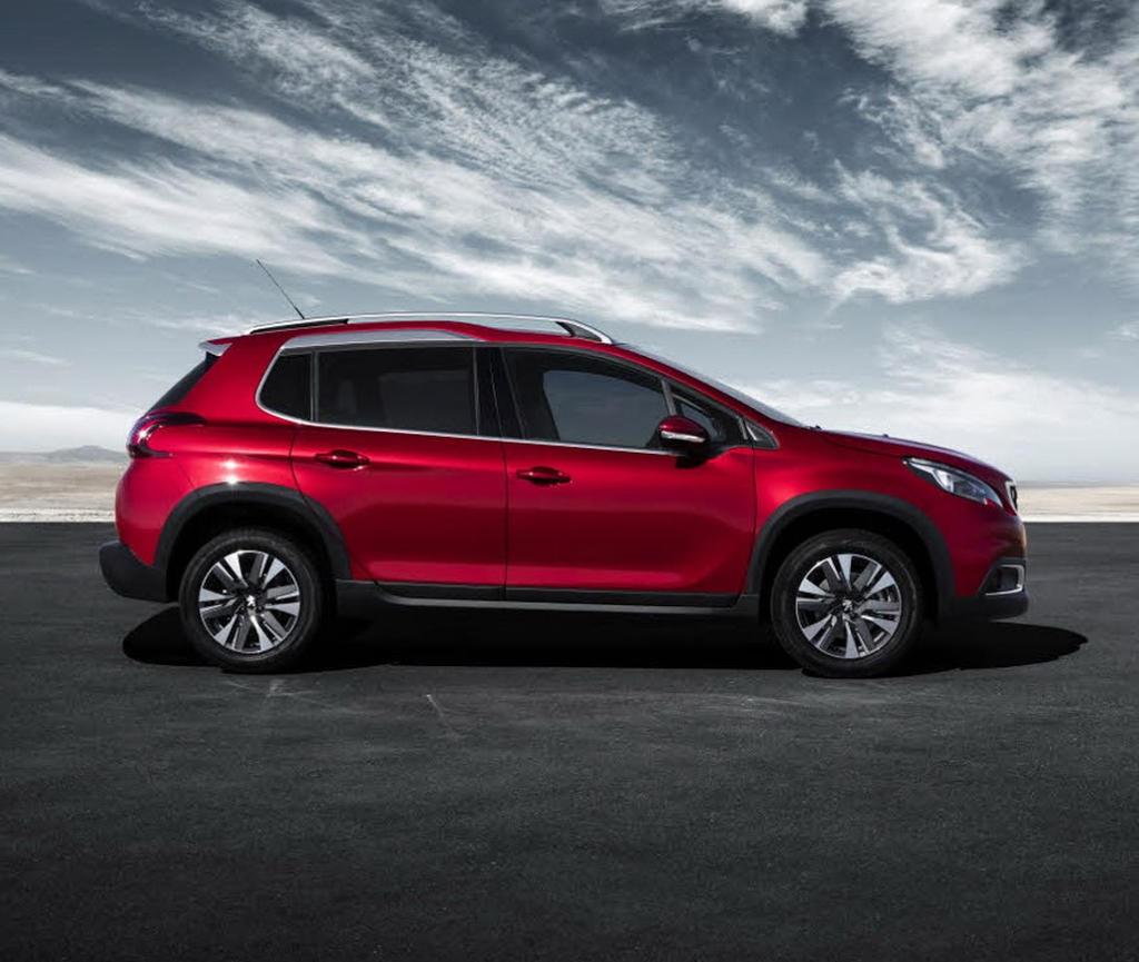 новый Peugeot 2008 2016–2017 сбоку