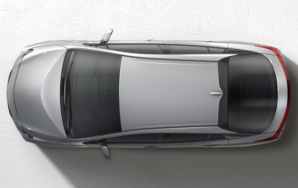 новый Toyota Prius Prime 2017 сверху