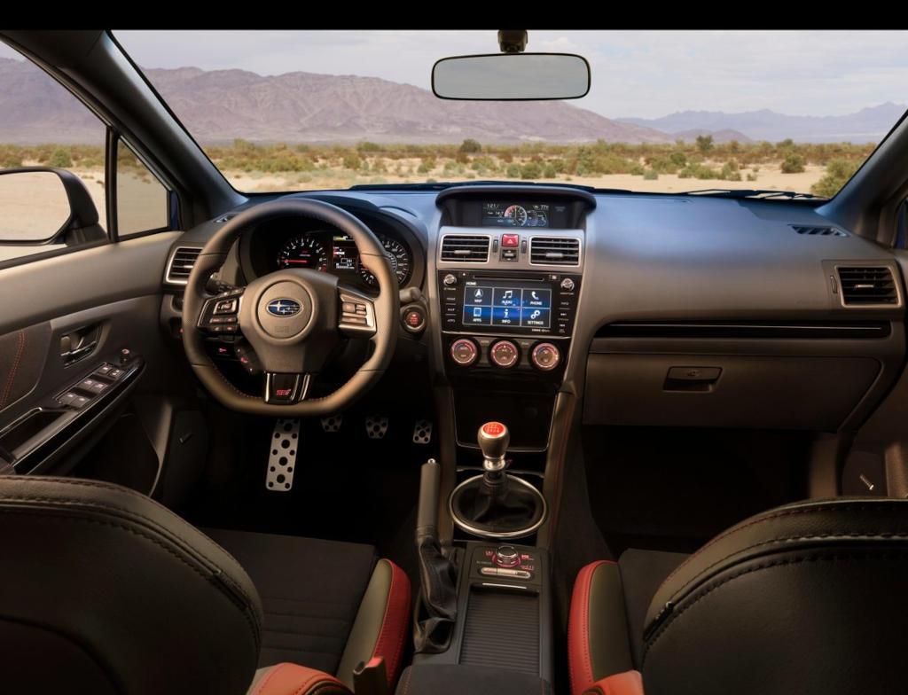 салон Subaru WRX STI 2021 в России