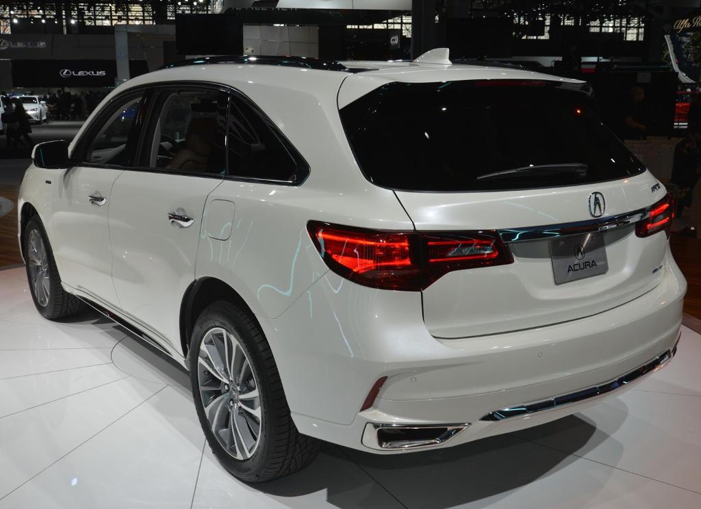 задняя часть Acura MDX 2017
