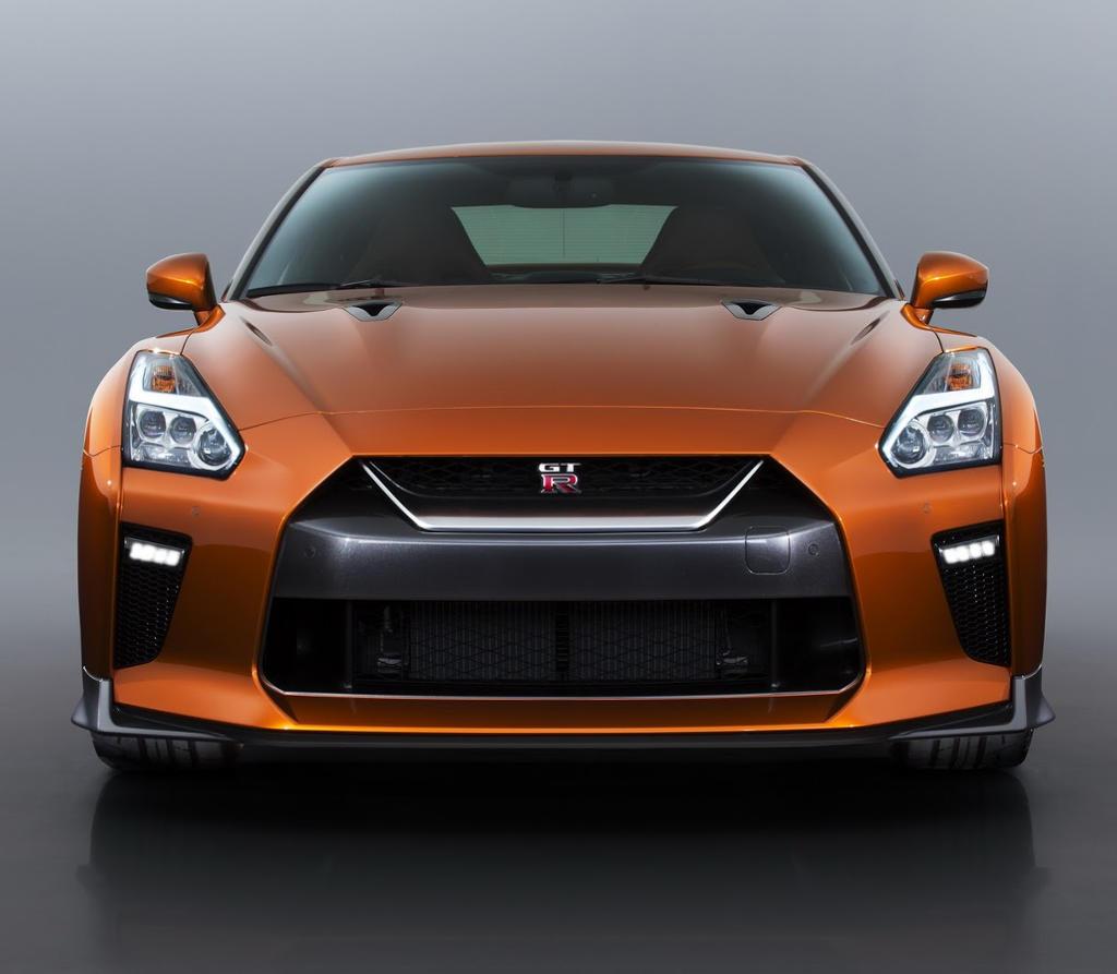 бампер, решетка, фары Nissan GT-R 2017