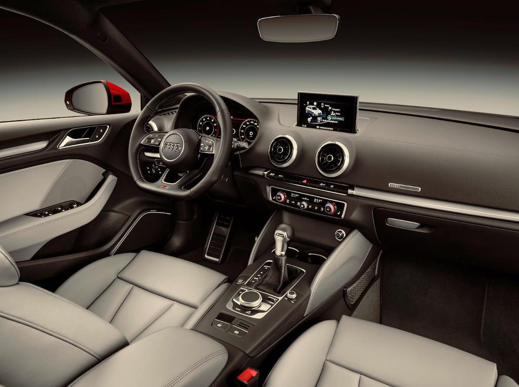 салон Audi A3 2016–2017