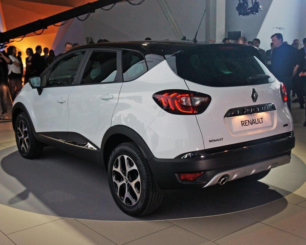 задняя часть Renault Kaptur 2016