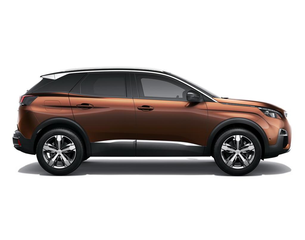 новый Peugeot 3008 2017 сбоку