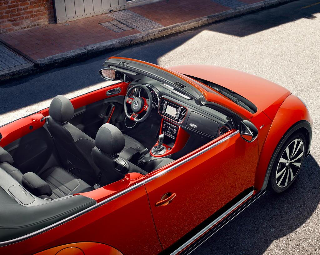 кабриолет Volkswagen Beetle «Жук» 2016–2017 салон