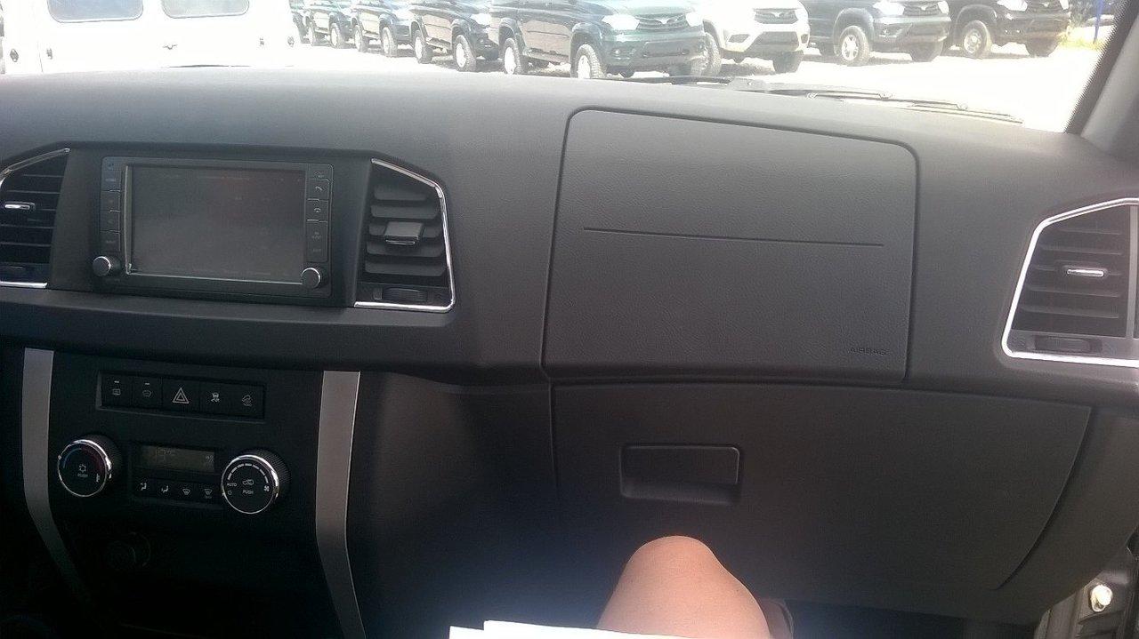 передняя панель УАЗ Патриот 2017 фото