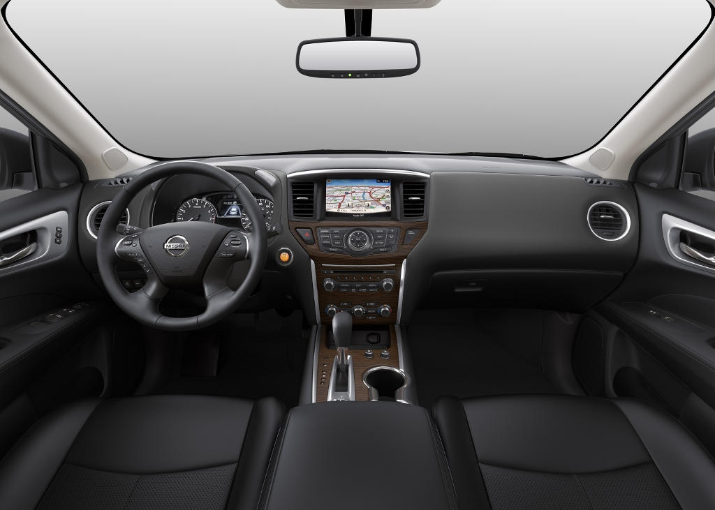 салон Nissan Pathfinder 2017