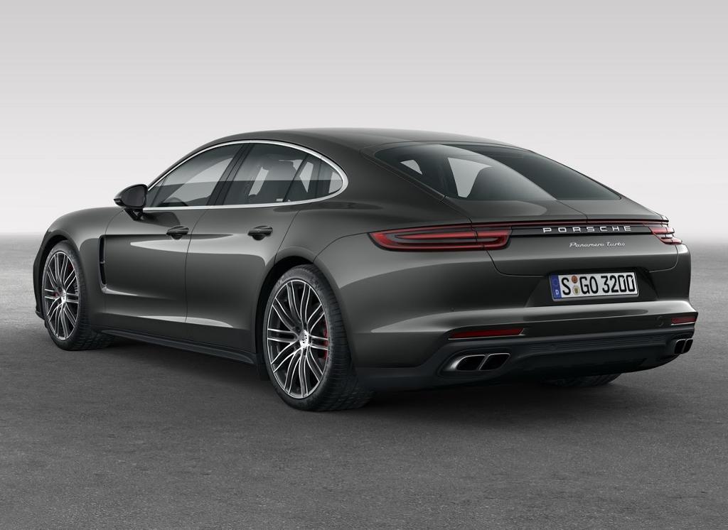 задняя часть Porsche Panamera Turbo 2017