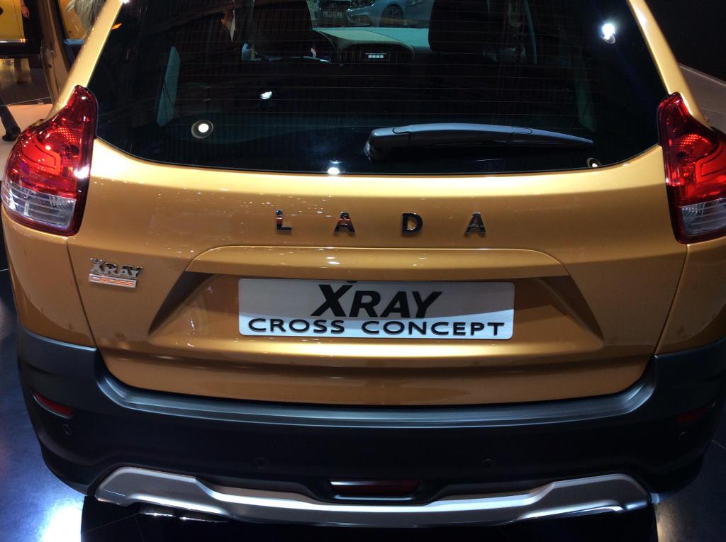 задние фонари LADA XRAY Cross Concept