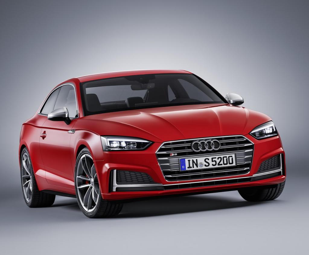 купе Audi S5 2017