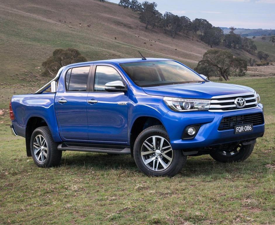 краш-тест Toyota Hilux 2017 видео