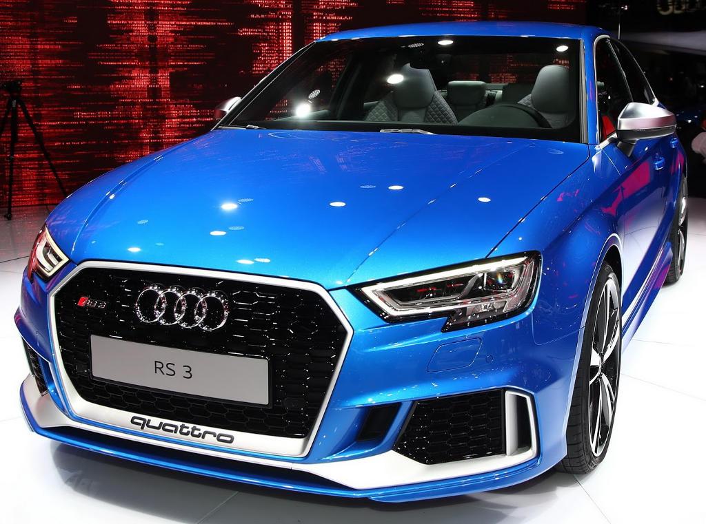 фото седана Audi RS3 2017