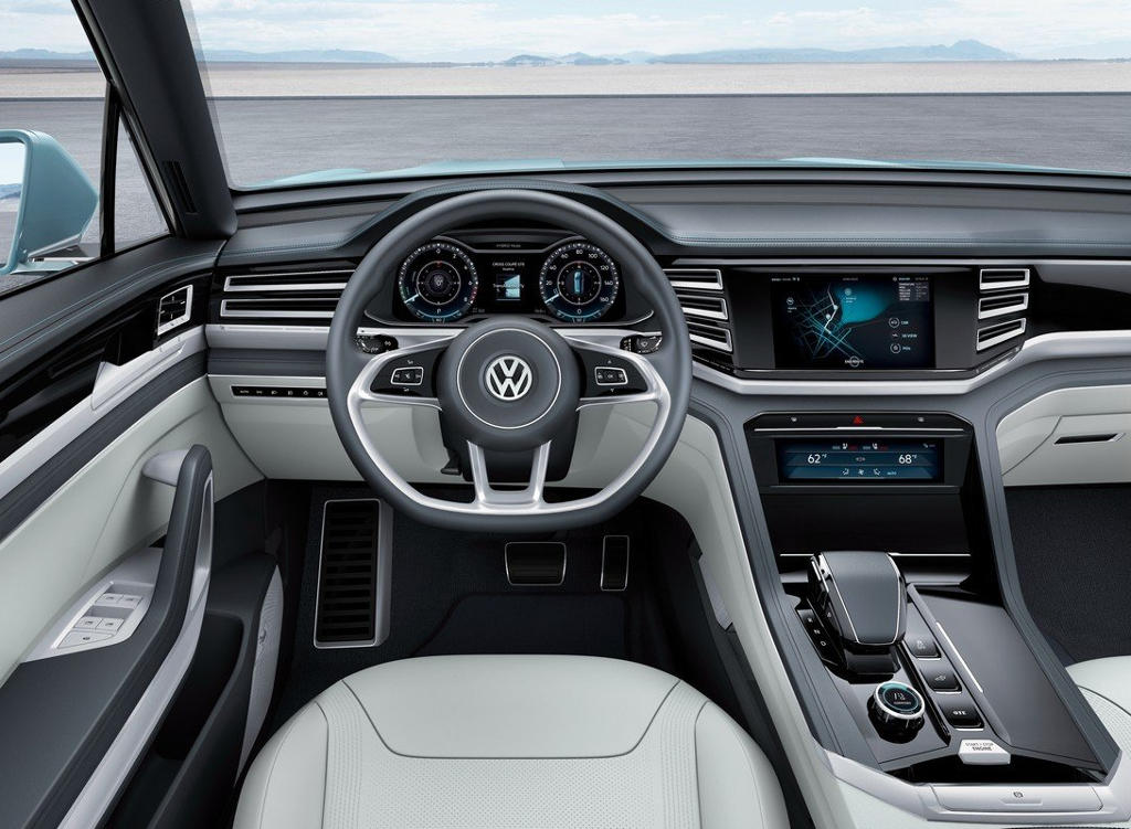 salon-volkswagen-cross-coupe-gte-2015