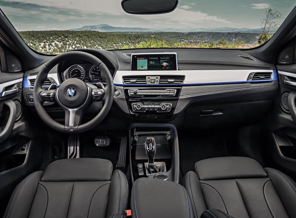 салон BMW X2 2018