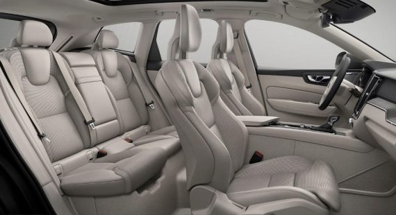 интерьер Volvo XC60 2018