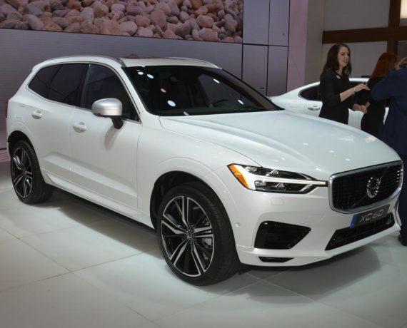 новый Volvo XC60 2018 в России