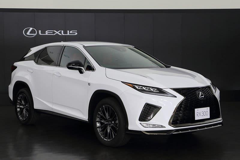 Новый Lexus RX 2021 фото