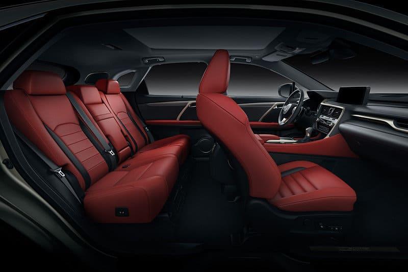 салон Lexus RX 2021