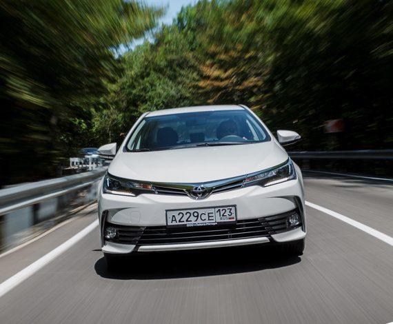 фары, решетка, бампер Toyota Королла 2018 новая модель