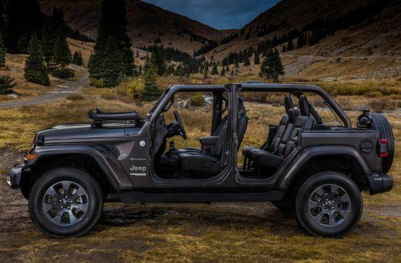 новый Jeep Wrangler 2018 сбоку