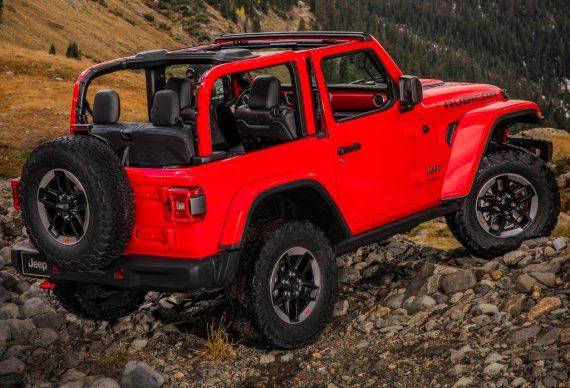 задняя часть Jeep Wrangler 2018