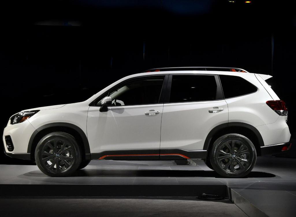 Смотреть Новый Subaru Crosstrek 2019 модельного года. Технические характеристики, цена, фото, тест драйв, старт продаж, последние новости видео