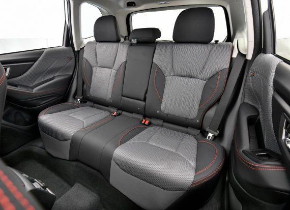 интерьер Subaru Forester 2020
