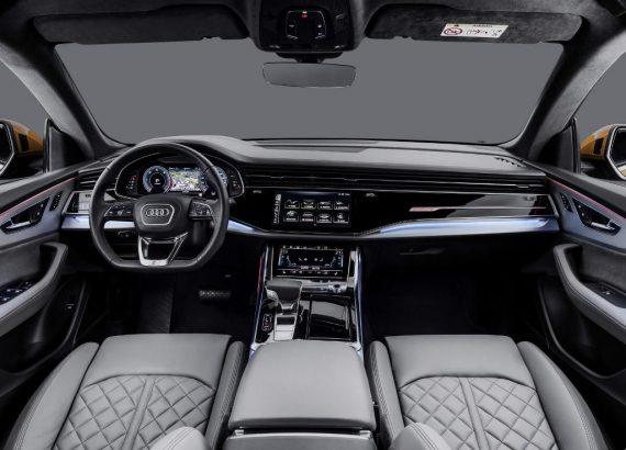 салон Audi Q8 2018—2019