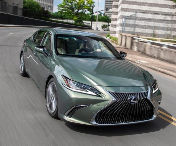 Lexus ES 2018 – 2019