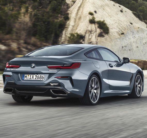 задние фонари BMW 8-Series 2019 года