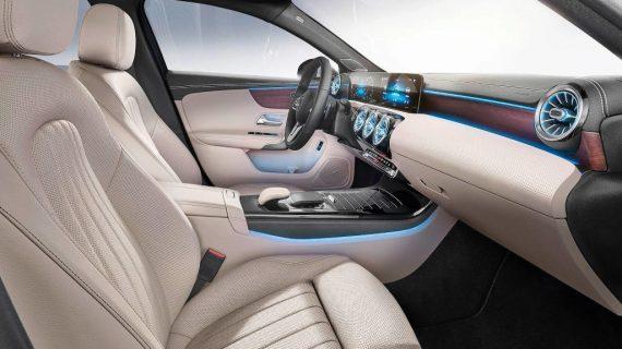 интерьер Mercedes-Benz A-Class 2019