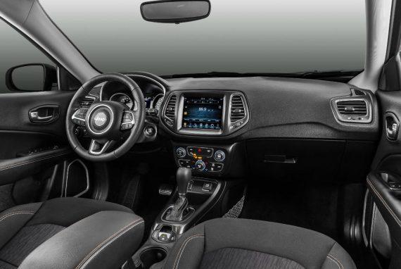 салон Jeep Compass 2018 – 2019 фото