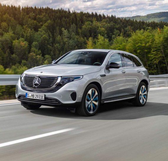 электромобиль Mercedes EQC фото